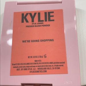 """Kylie Cosmetics Makeup - Kylie blush in shade """"we're going shopping"""""""